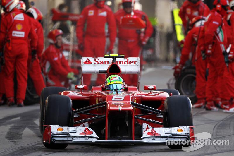 Felipe Massa, Ferrari makes a pit stop