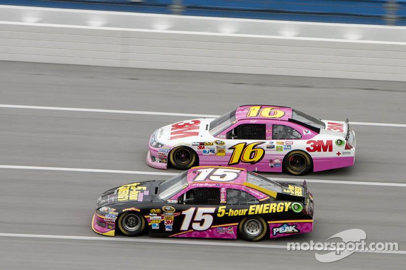 Cup-Rennen Talladega 2012: Clint Bowyer und Greg Biffle mit Pink-Anteilen, aber ...