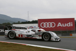 #1 Audi Sport Team Joest, Audi R18 e-tron quattro: Marcel Fässler, Benoit Tréluyer, Andre Lotterer
