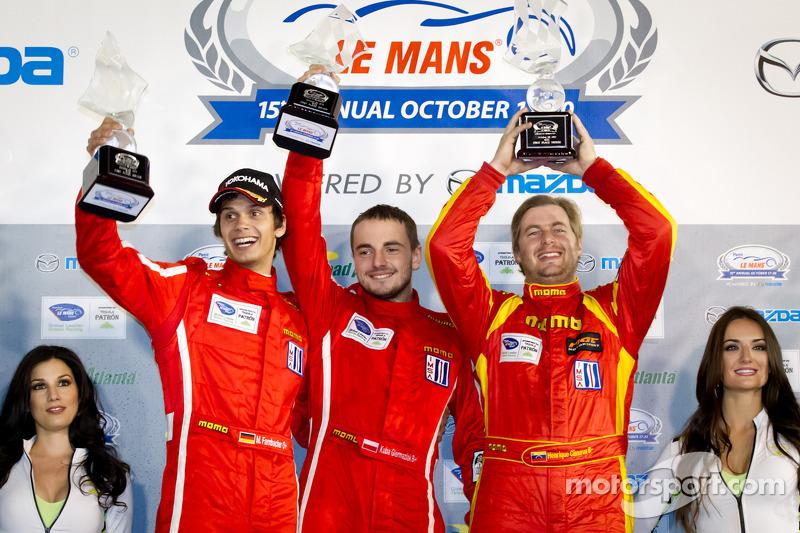 GTC podium: winnaars in klasse Henrique Cisneros, Mario Farnbacher, Jakub Giermaziak