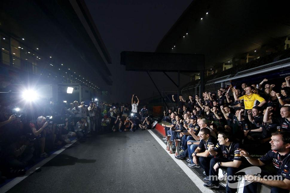 Sebastian Vettel, Red Bull Racing, Mark Webber, Red Bull Racing and Christian Horner, Red Bull Racing, Sporting Director