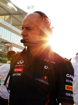 Adrian Newey, Red Bull Racing Chief Technical Officer op de startgrid
