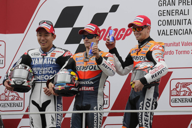 Podio: 1º Dani Pedrosa, 2º Katsuyuki Nakasuga, 3º Casey Stoner