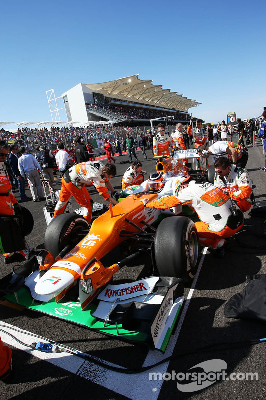 Nico Hulkenberg, Sahara Force India F1 VJM05 op de grid