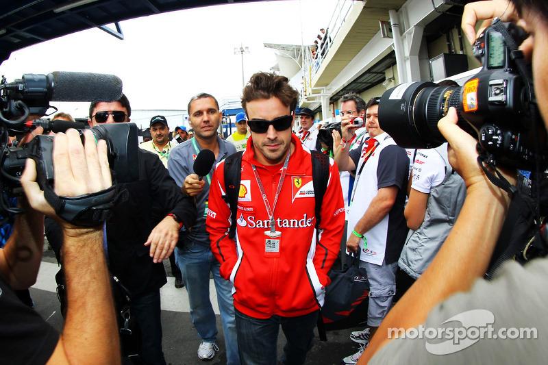 Фернандо Алонсо. ГП Бразилии, Воскресенье, перед гонкой.