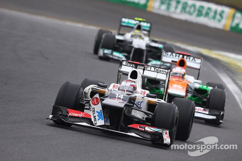 Kamui Kobayashi, Sauber with damaged front wing