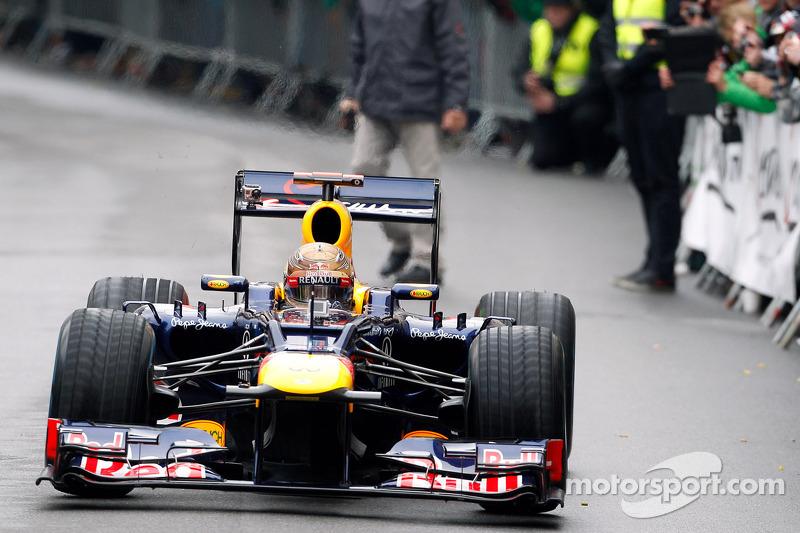 Sebastian Vettel, Red Bull Racing viert wereldtitel in Graz, Oostenrijk