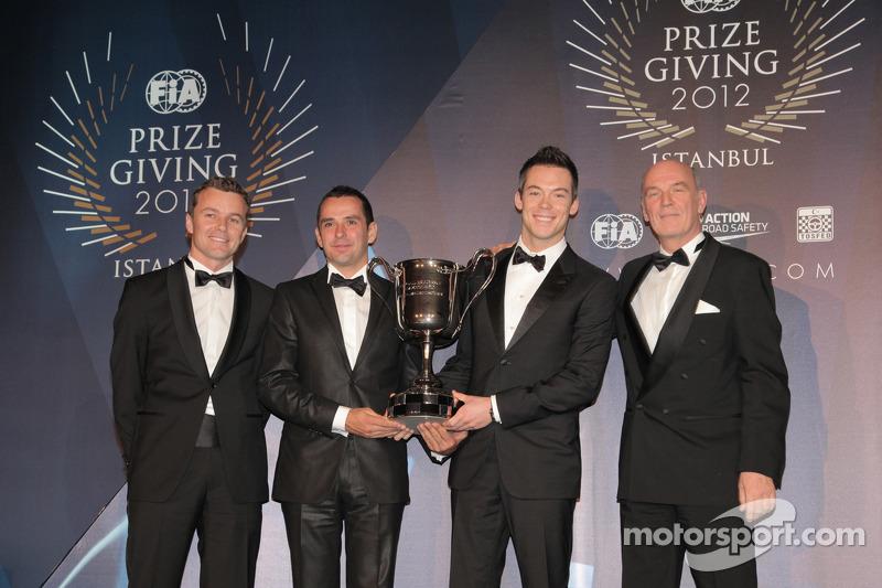 Андре Лоттерер, Марсель Фэсслер и Бенуа Трелуйе. Церемония награждения FIA, Стамбул, Турция, Особое мероприятие.