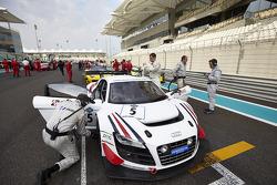 #5 United Autosports Audi R8 LMS ultra: Mark Patterson, Will Bratt, Matthew Bell