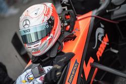 Kask, Joey Mawson, Van Amersfoort Racing, Dallara F317 - Mercedes-Benz