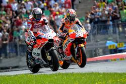 Le vainqueur Andrea Dovizioso, Ducati Team, et Dani Pedrosa, Repsol Honda Team