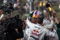 Yarış galibi Marco Wittmann, BMW Team RMG, BMW M4 DTM