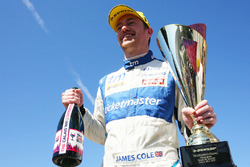 Yarış galibi James Cole, Team BMR Subaru Levorg
