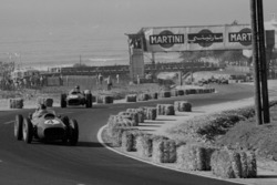Phil Hill leads Mike Hawthorn, Ferrari Dino 246