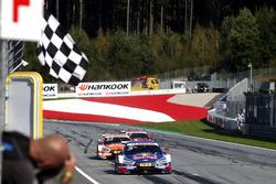 Картатий прапор для Маттіаса Екстрьома, Audi Sport Team Abt Sportsline, Audi A5 DTM