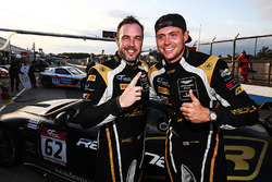GT4 pole: Will Moore, Matt Nicoll-Jones, Academy Motorsport