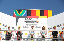 Podium: 1. Lirim Zendeli, Mücke Motorsport, 2. Jonathan Aberdein, Motopark, 3. Sophia Flörsch, Mücke Motorsport, Bester Rookie Charles Weerts, Motopark