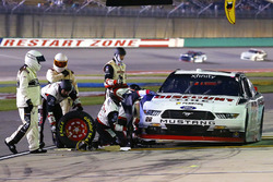 Sam Hornish Jr., Team Penske Ford pit stop