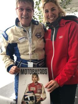 """Frauenpower: Teilnehmerin Babs Gyger präsentierte das Buch """"Motorheads"""""""