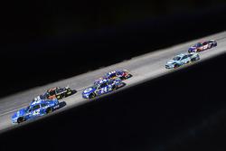 Kyle Larson, Chip Ganassi Racing Chevrolet y Chase Elliott, Hendrick Motorsports Chevrolet