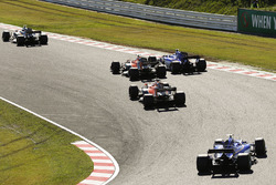 Nico Hulkenberg, Renault Sport F1 Team RS17, Marcus Ericsson, Sauber C36, Fernando Alonso, McLaren MCL32, Stoffel Vandoorne, McLaren MCL32, Pascal Wehrlein, Sauber C36