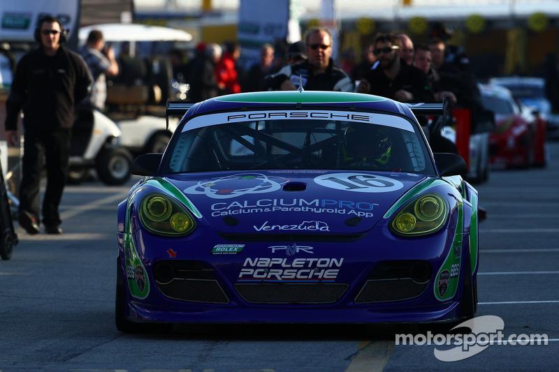 16 Napleton Racing Porsche Cayman At Daytona 24