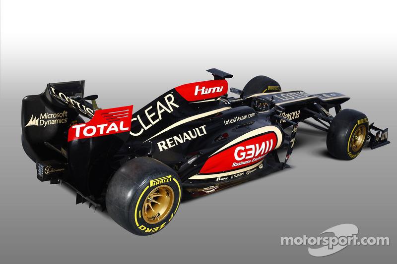 Презентация Lotus F1 Team E21, Студийная съёмка.