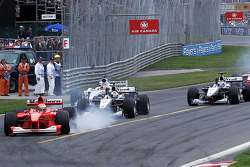 Start: Michael Schumacher leads