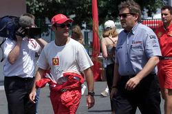 Rubens Barrichello and Norbert Haug, head of Mercedes-Benz Motorsport