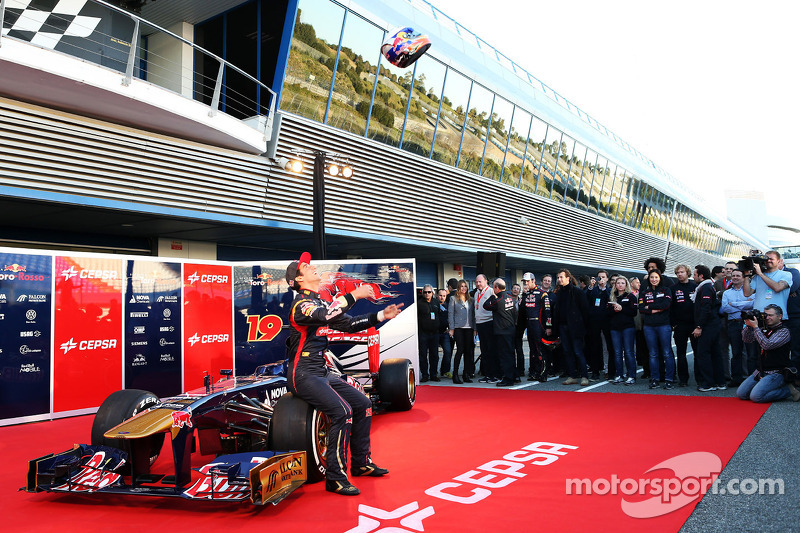 Даниэль Риккардо. Презентация Toro Rosso STR8, Презентация.