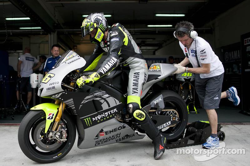 2013 - Yamaha Factory Racing (Tes Sepang)
