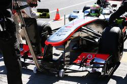 Sergio Perez, McLaren MP4-28 front wing