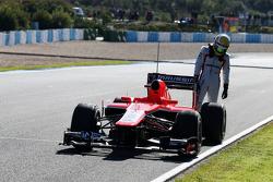 Luiz Razia, Marussia F1 Team MR02 stops on the start/finish straight