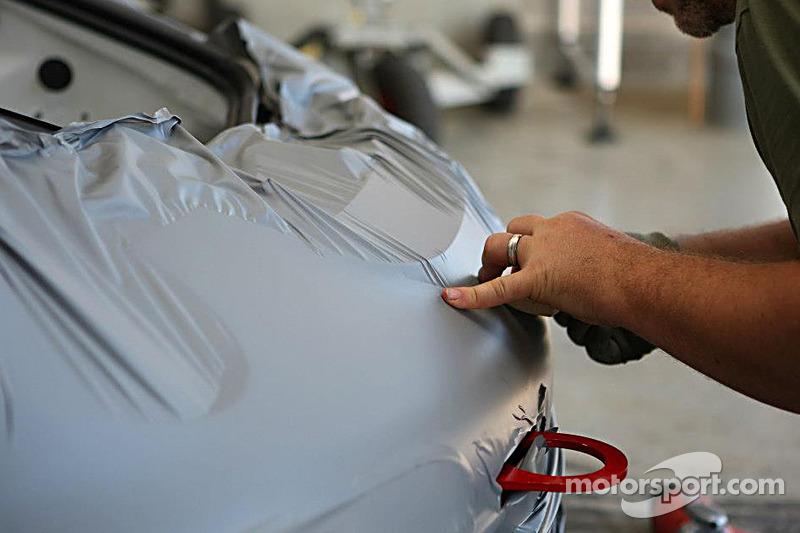Auto's worden klaargemaakt