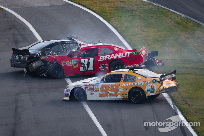 Last lap crash: Alex Bowman, Justin Allgaier and Brian Scott crash