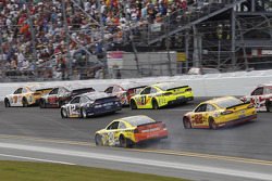 Trouble for Matt Kenseth, Joe Gibbs Racing Toyota