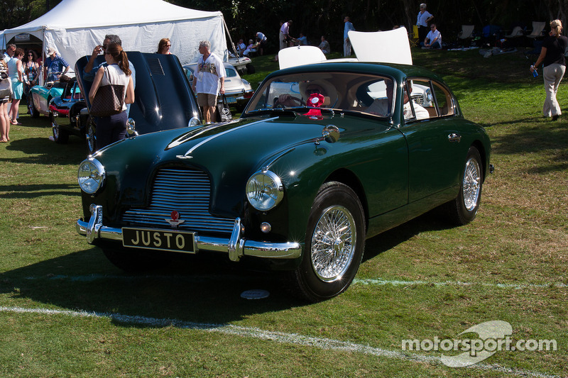 1954 Aston Martin DB 2/4