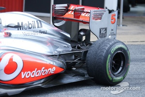 McLaren MP4-28 rear wing and rear suspension