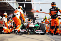Adrian Sutil, Sahara Force India VJM06, pratica pit stops