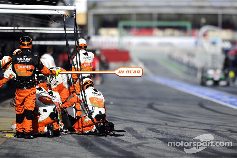 Adrian Sutil, Sahara Force India VJM06 komt de pits binnen