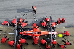 Jules Bianchi, Marussia F1 Team MR02 práctica una parada en pits