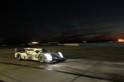 #1 Audi Sport Team Joest Audi R18 e-tron quattro: Marcel Fässler, Benoit Tréluyer, Oliver Jarvis