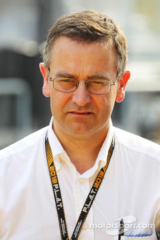 Dr. Ian Roberts, médico da FIA