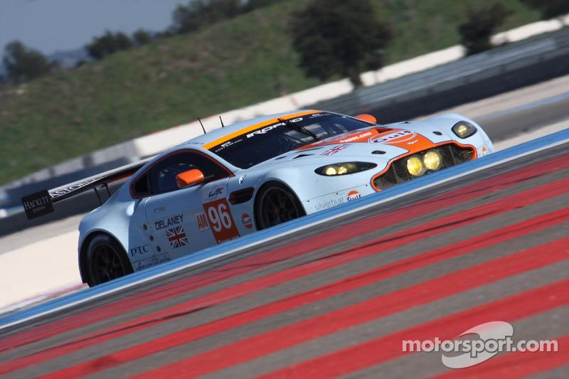 #96 Aston Martin Racing Aston Martin Vantage V8: Roald Goethe, Stuart Hall, Jamie Campbell-Walter