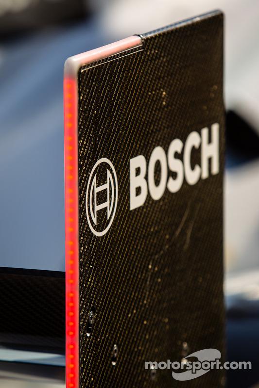 Audi Sport Team Joest Audi R18 e-tron quattro; asa traseira, Detalhe