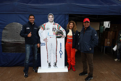 Mehdi Bennani, BMW E90 320 TC, Proteam Racing with his parents