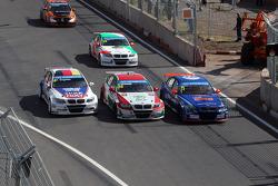 07.04.2013- Race 1,Franz Engstler, BMW E90 320 TC, Liqui Moly Team , Mehdi Bennani, BMW E90 320 TC, Proteam Racing and Fredy Barth, BMW E90 320 TC, Wiechers-Sport