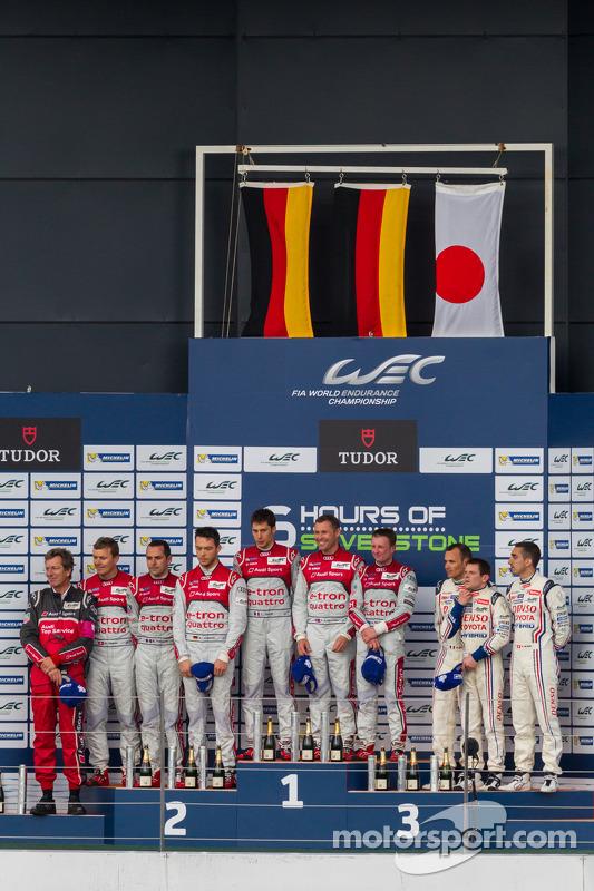 LMP1 Pódio: Primeira colocação Tom Kristensen, Loic Duval, Allan McNish; Segunda colocação Andre Lotterer, Benoit Tréluyer, Marcel Fässler; Terceira colocação Anthony Davidson, Sebastien Buemi, Stéphane Sarrazin