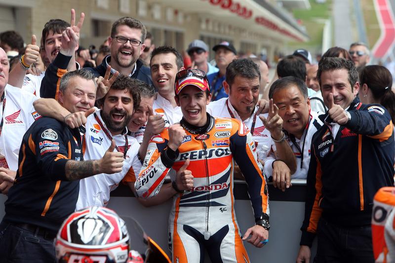 2013: Celebrando a primeira vitória na MotoGP