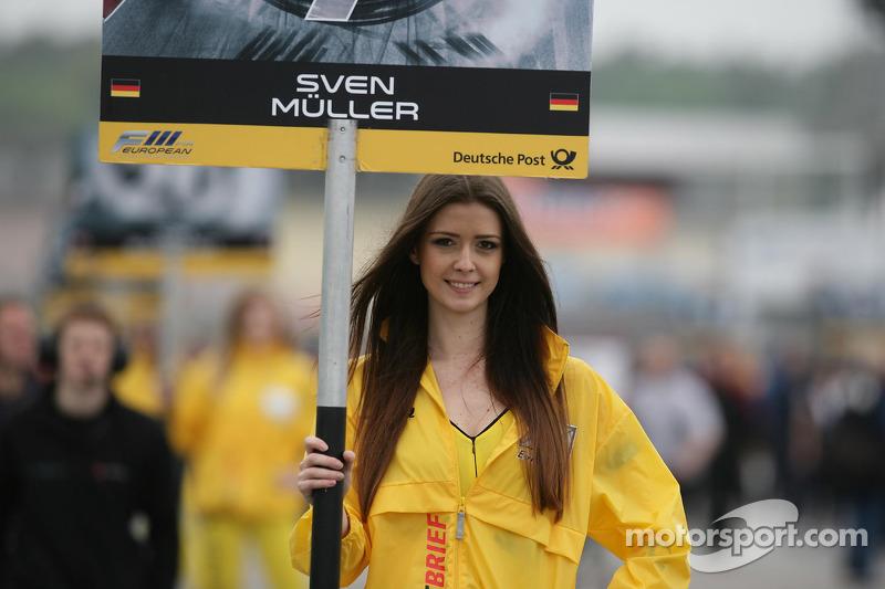 Grid girl of Sven Muller